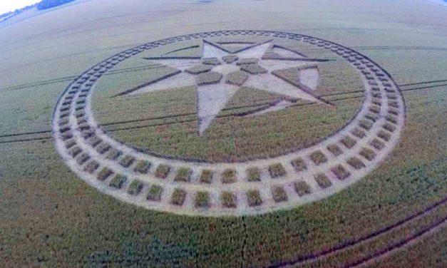 2016 Circles: Stonehenge Hoax